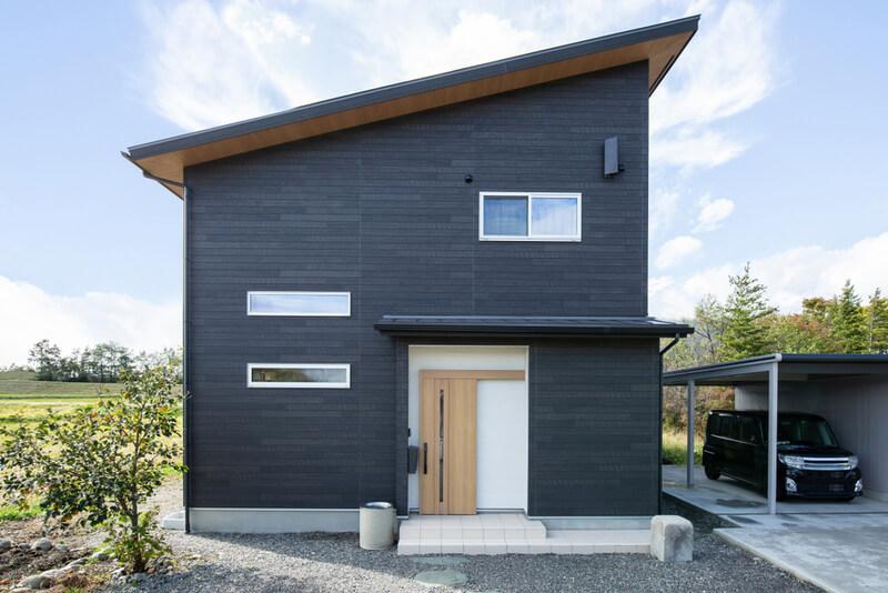 凹凸の少ないシンプルな建物にする