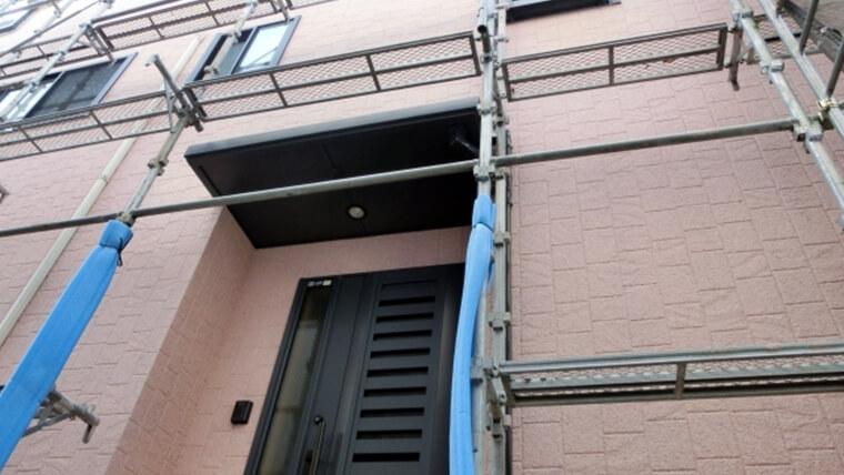 屋根や外壁のメンテナンスには足場が必要